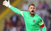 Onur Kıvrak, bir kez daha Trabzonspor'un vazgeçilmezi